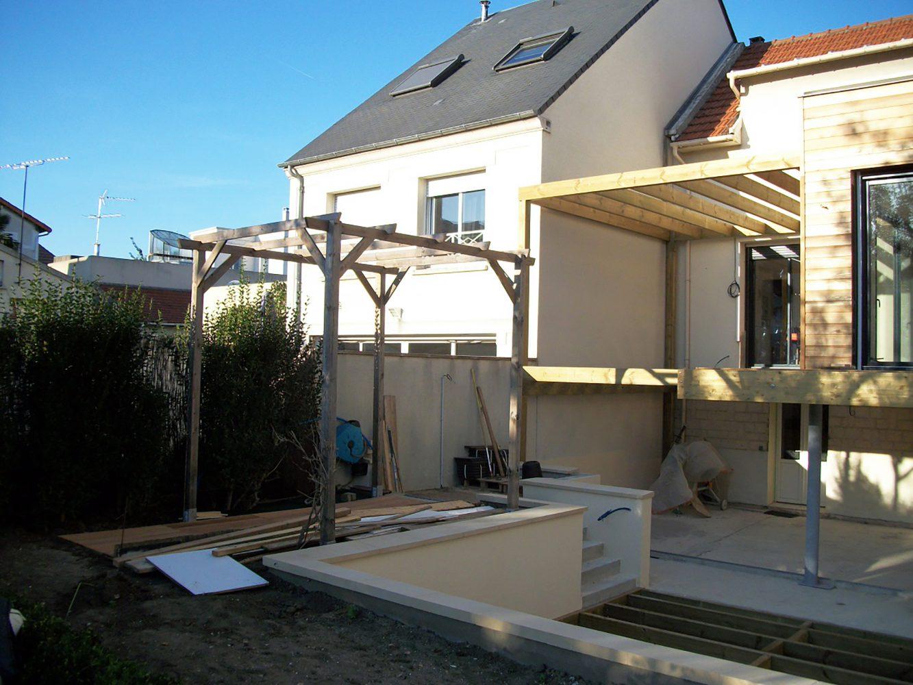 Extension ossature bois suresnes philippe zerbib for Construction extension ossature bois